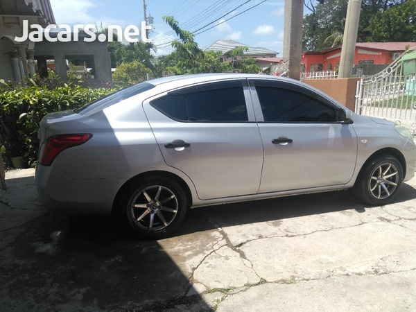 Nissan Latio 1,2L 2014-9