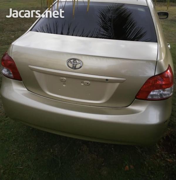 Toyota Belta 1,2L 2008-12