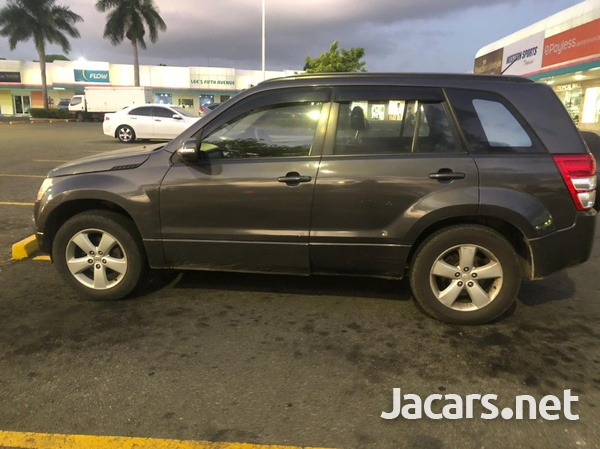 Suzuki Grand Vitara 2,0L 2012-5