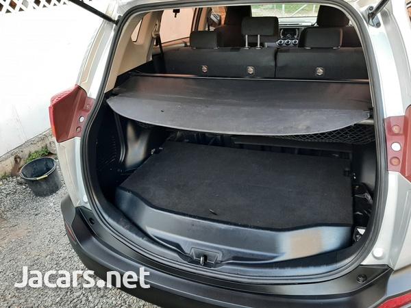 Toyota RAV4 2,4L 2013-6