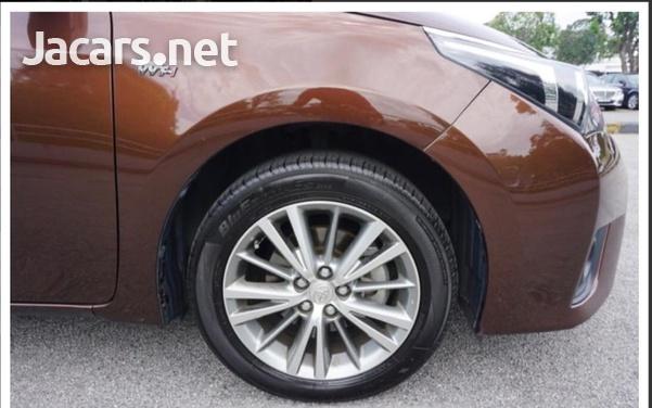 Toyota Corolla Altis 1,6L 2015-12