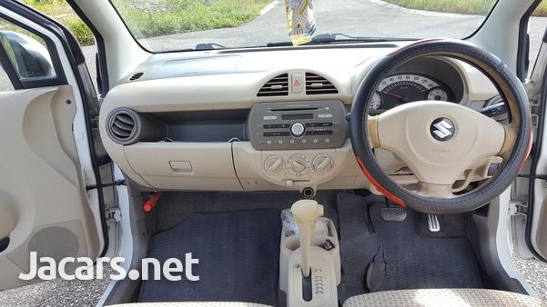 Suzuki Alto 0,7L 2012-4