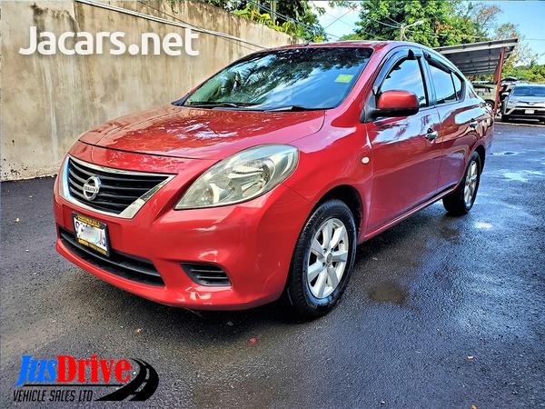 Nissan Versa 1,5L 2013-3