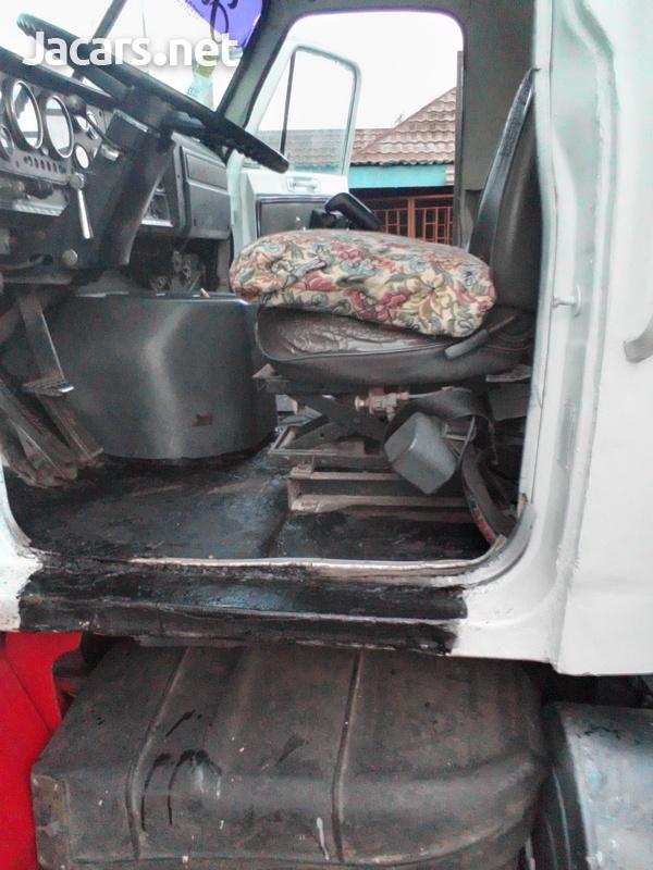 1988 GMC Bridgare Truck-6