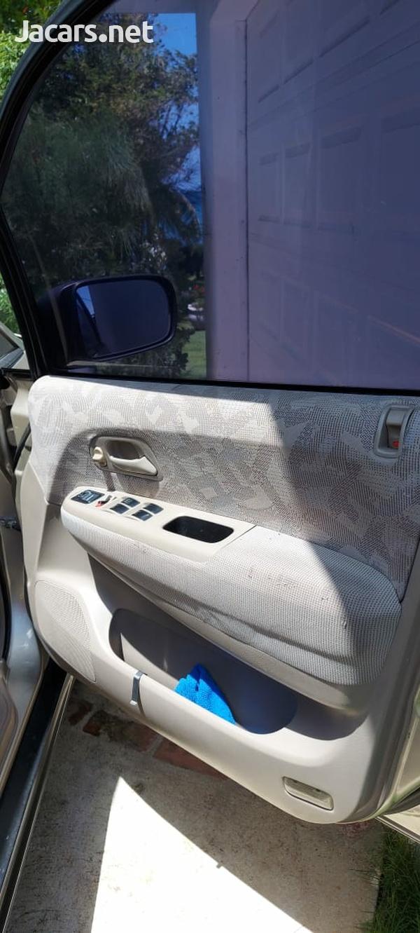 Honda Odyssey 2,5L 2002-9