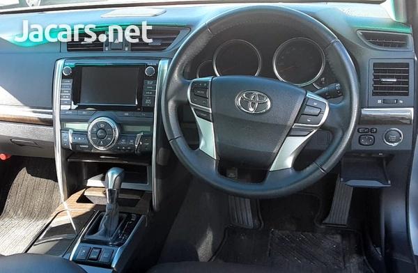 Toyota Mark X 2,4L 2014-3