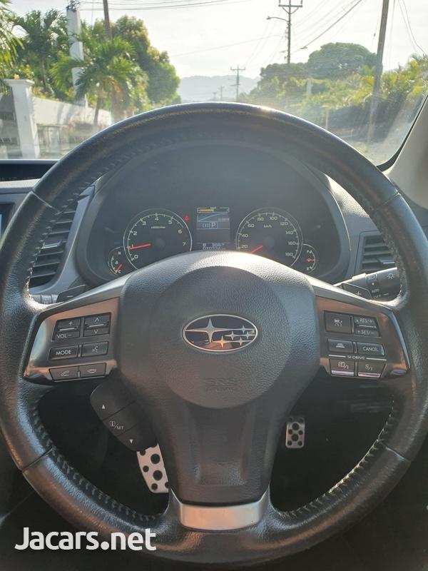 Subaru Legacy 2,5L 2013-10