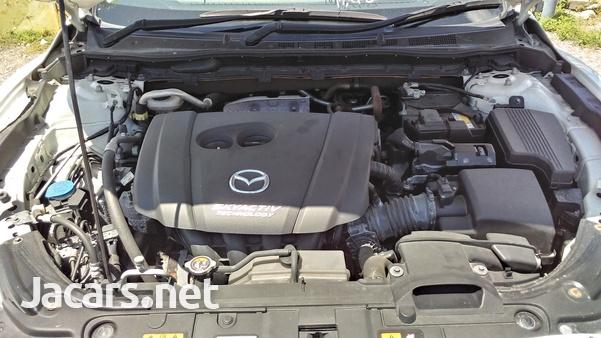 Mazda Atenza 2,0L 2016-10