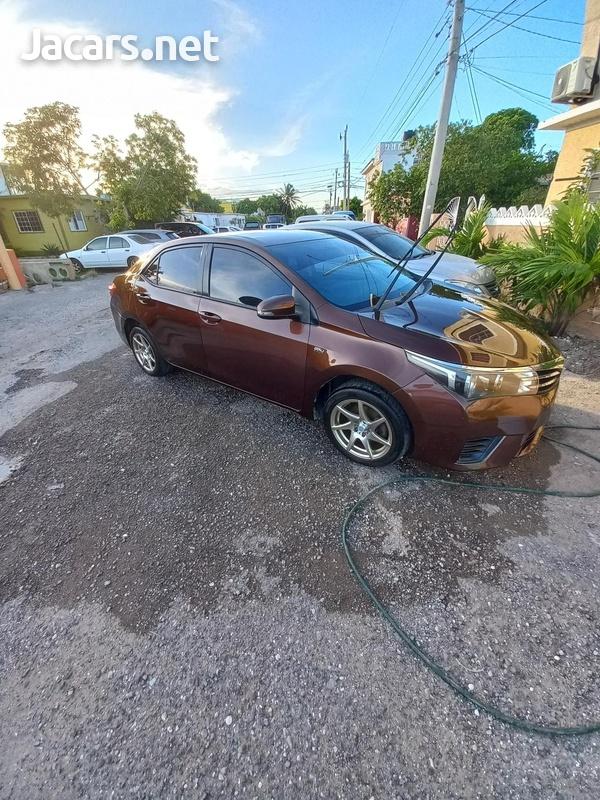 Toyota Corolla XLi 1,6L 2014-4