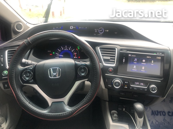 Honda Civic 1,8L 2015-5