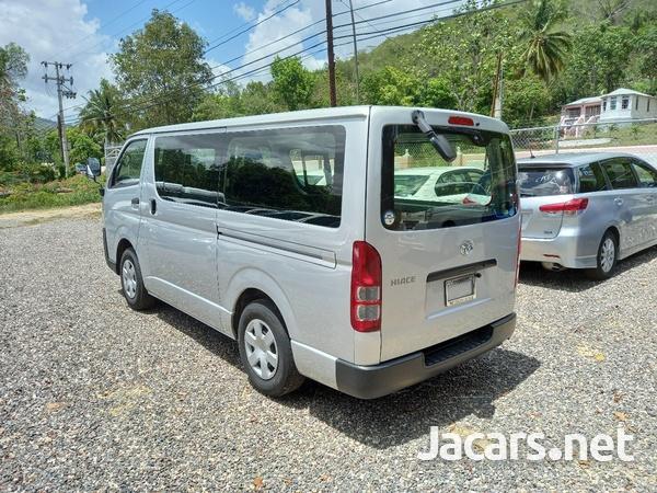 2017 Toyota Hiace Mini Van-4