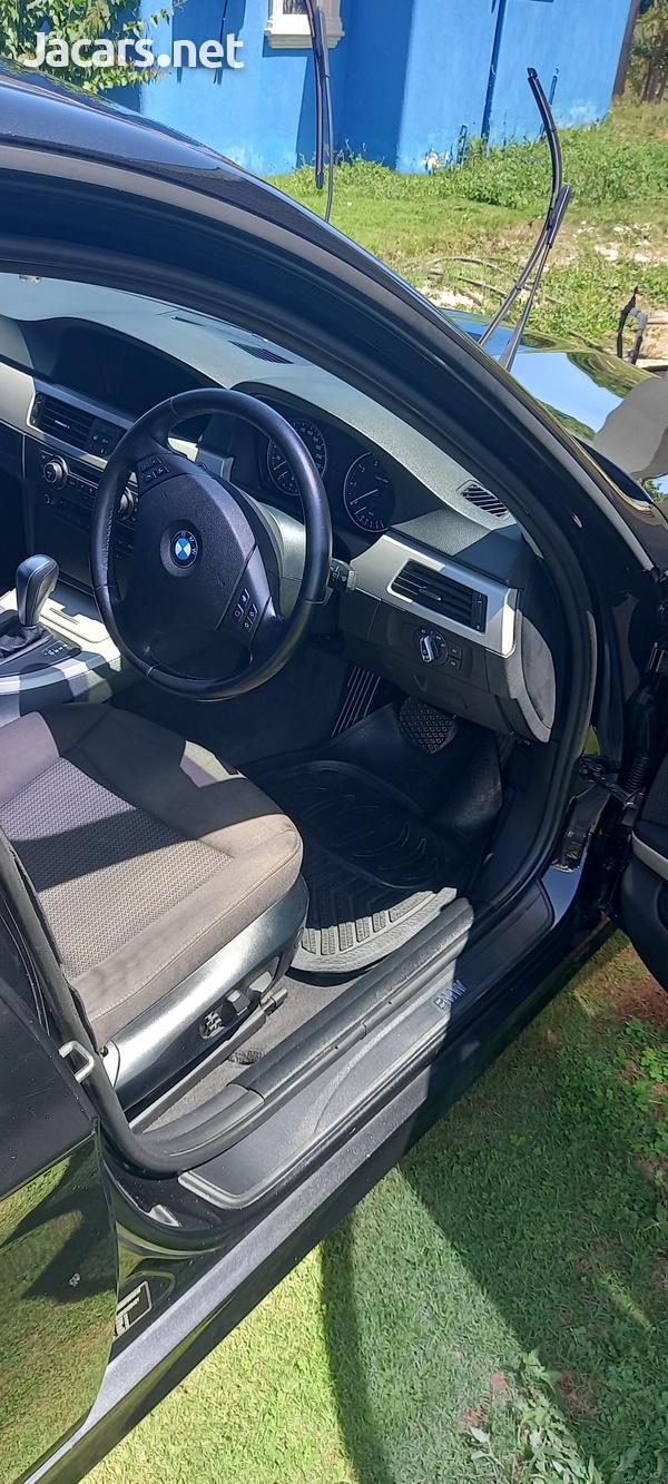 BMW 3-Series 2,0L 2011-9
