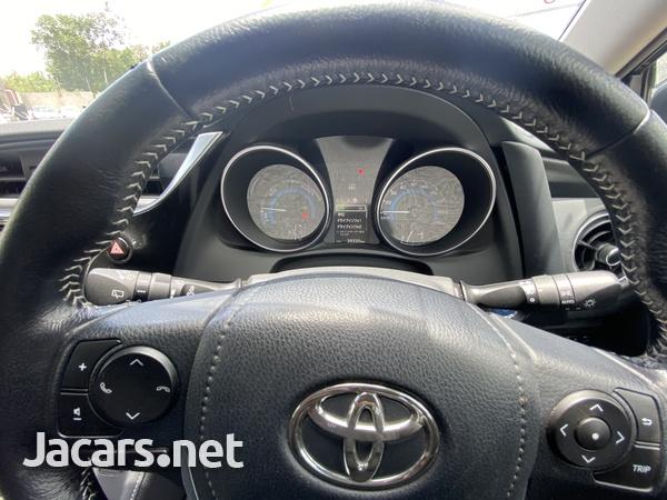 Toyota AURIS 1,8L 2016-11