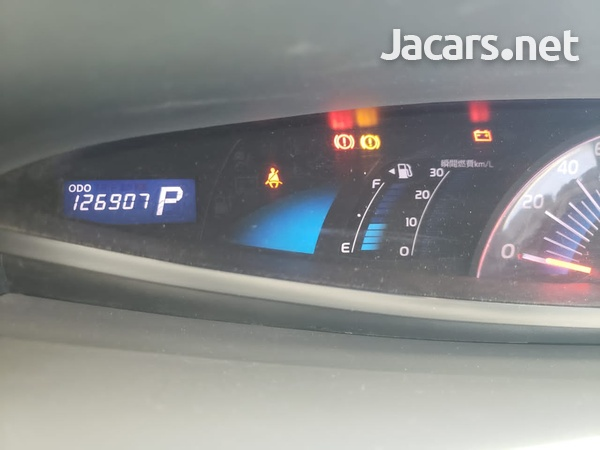 Toyota Estima 2,0L 2008-7
