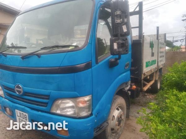 2008 Hino Truck-2