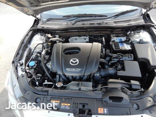 Mazda 3 1,5L 2016-8