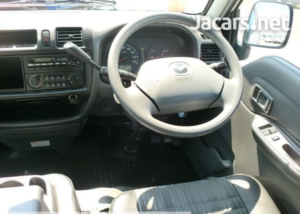 Mazda Bongo 1,8L 2016-3