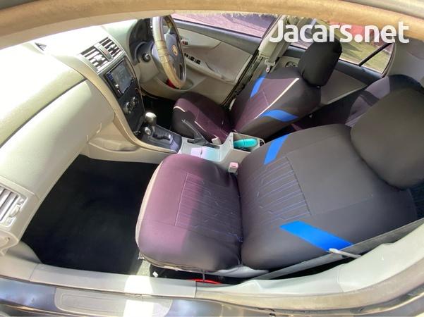 Toyota Corolla XLi 1,5L 2009-6