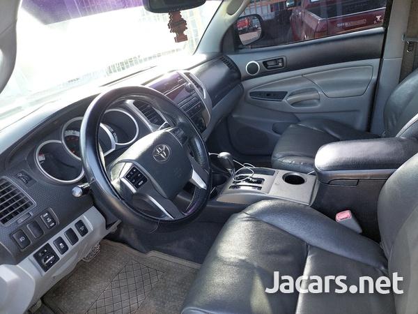 Toyota Tacoma 4,0L 2012-8