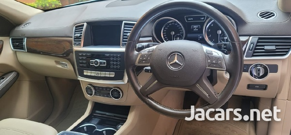 Mercedes-Benz GL-Class 3,0L 2015-4