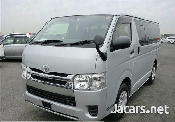 Toyota Regius Ace 2,0L 2014-7