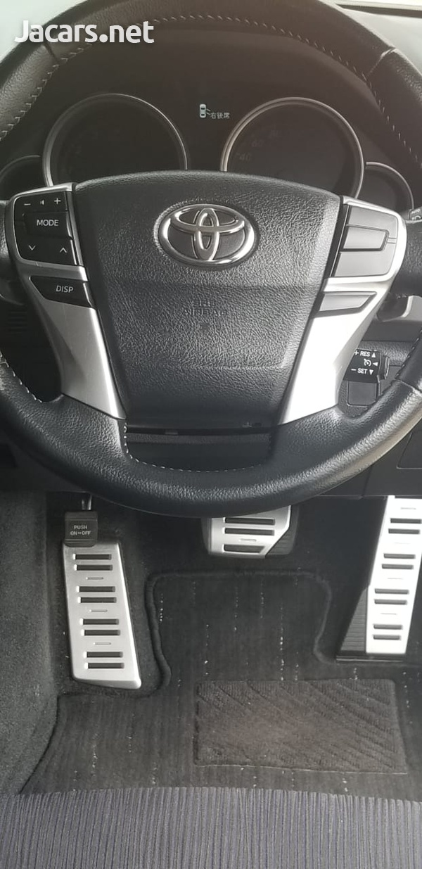 Toyota Mark X 3,5L 2013-3