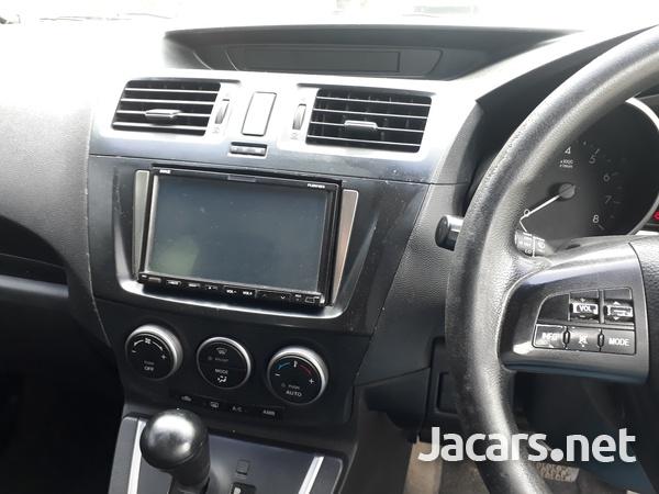 Mazda Premacy 2,0L 2010-8