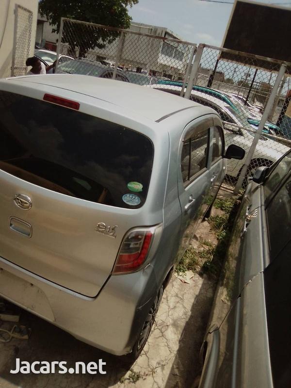 Daihatsu MIRA 1,0L 2013-6