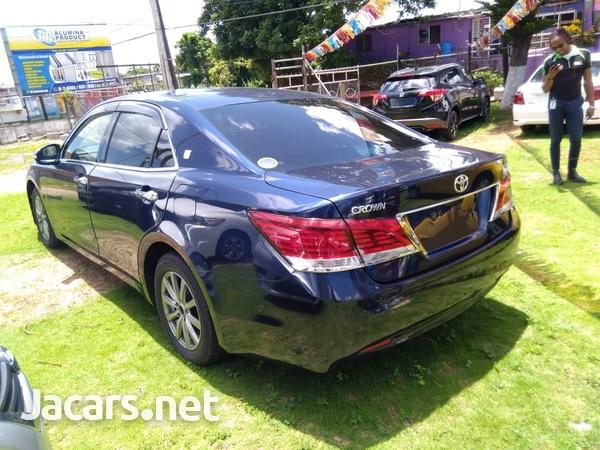 Toyota Crown 2,5L 2013-4