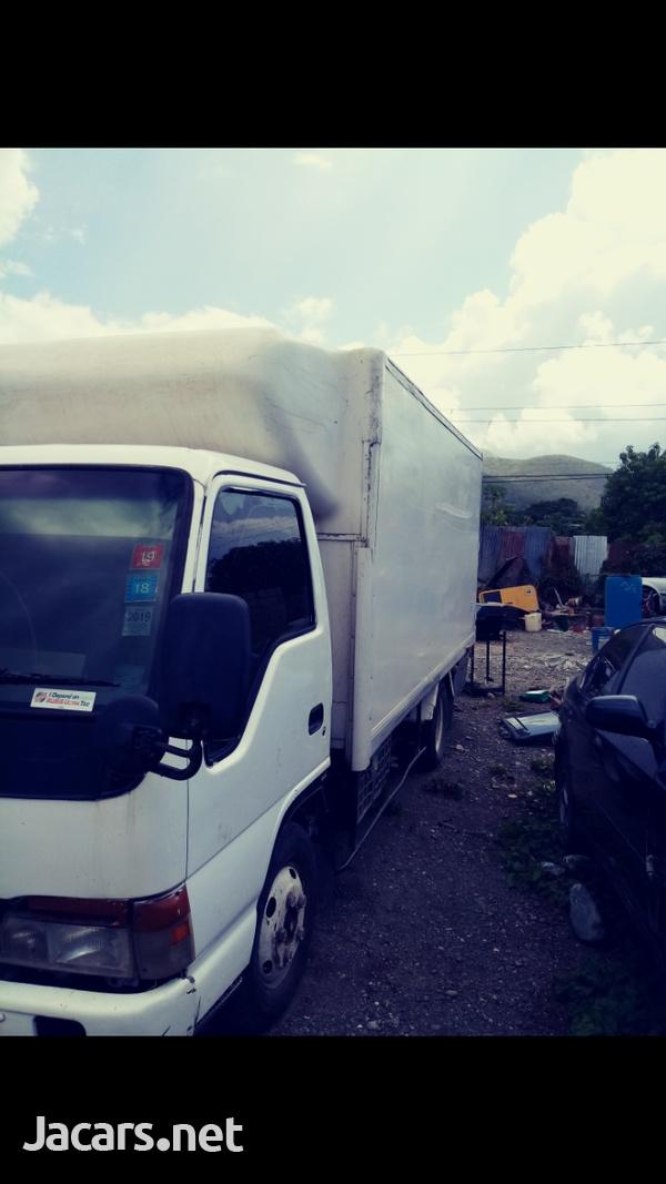 Isuzu Box Truck-6