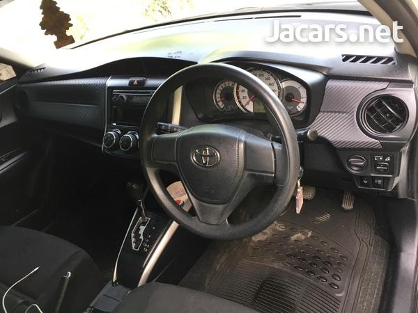 Toyota Fielder 1,5L 2013-4