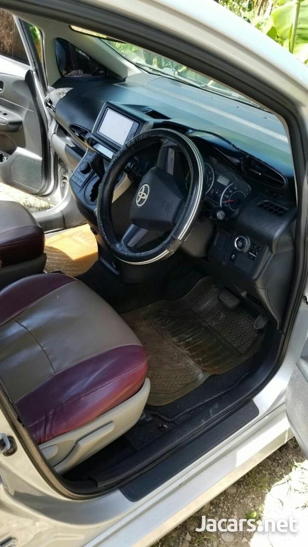 Toyota Wish 1,8L 2011-13
