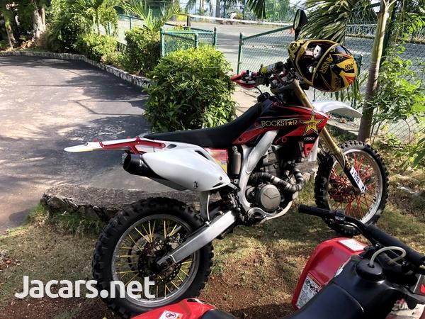 2005 honda CRF 450x Dual Sport Dirt Bike-4