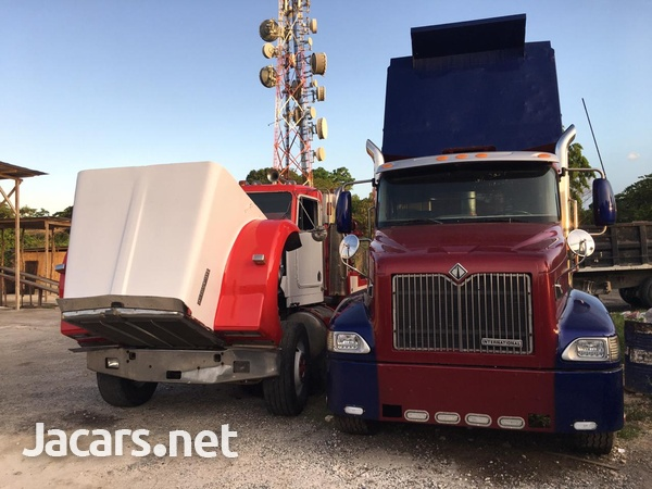 Kenworth W900 with 750 Homes boom-3