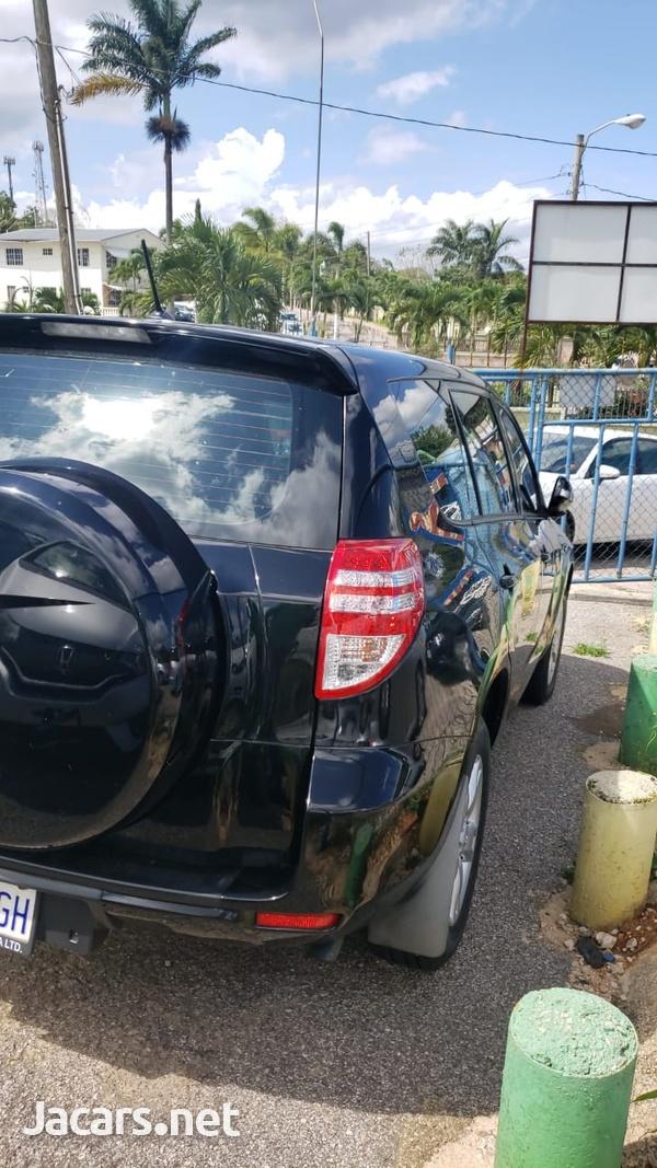 Toyota RAV4 1,6L 2013-3