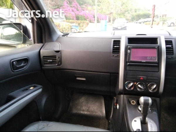 Nissan X-Trail 1,8L 2012-7