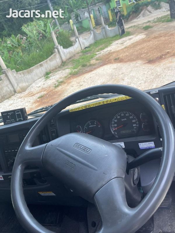 2010 Isuzu Forward Truck-6