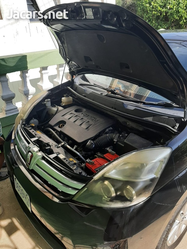 Toyota Isis 2,0L 2012-7