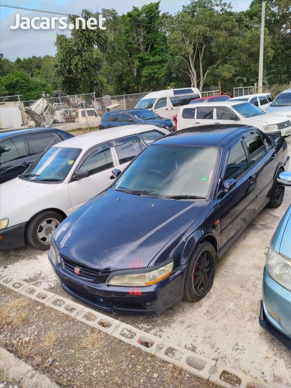 Honda Accord 2,3L 2001-3