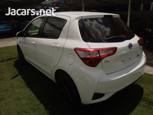 Toyota Vitz 1,3L 2019-3
