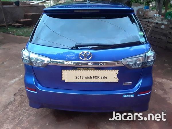 Toyota Wish 1,8L 2013-1