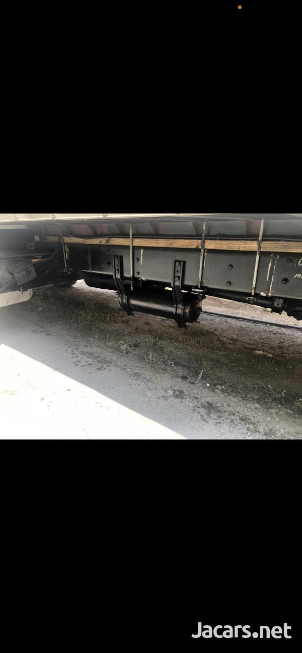 2005 Freightliner Truck- Stamped-6