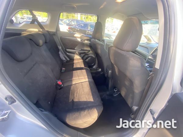 Honda Fit Shuttle 1,5L 2016-12
