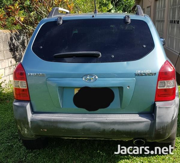 Hyundai Tucson 2,0L 2007-3