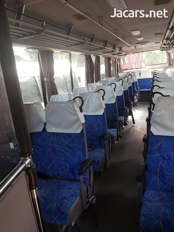 2009 Isuzu Gala Mio Bus-8
