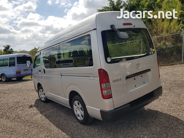Toyota Hiace 2,0L 2015-11