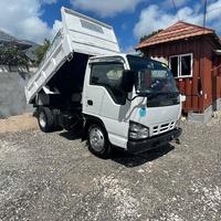 2007 Isuzu Elf Dump Truck