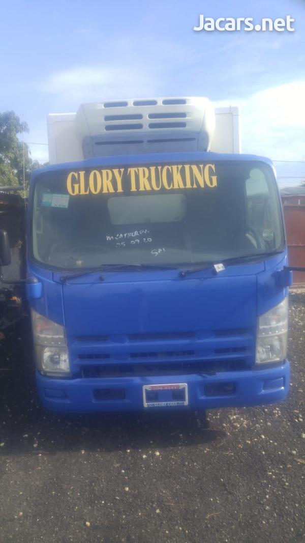 2009 Isuzu 5 Tonne Truck-3