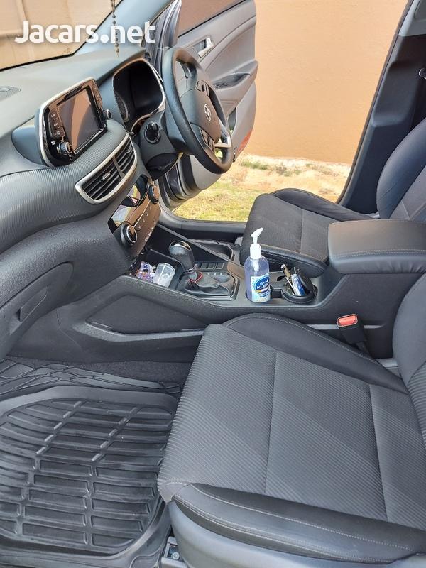 Hyundai Tucson 2,0L 2019-4