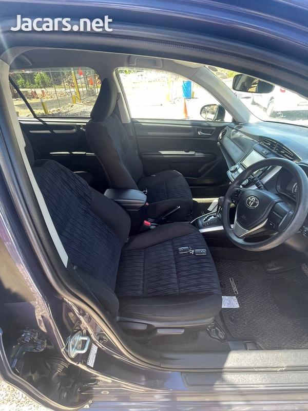 Toyota Fielder 1,8L 2012-9